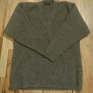 Brooks Brothers heavy Wool sweater Size L